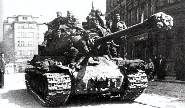 Так кто все-таки освободил Прагу в 1945?