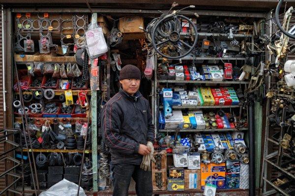 В Беларуси запретят торговать автозапчастями на рынках