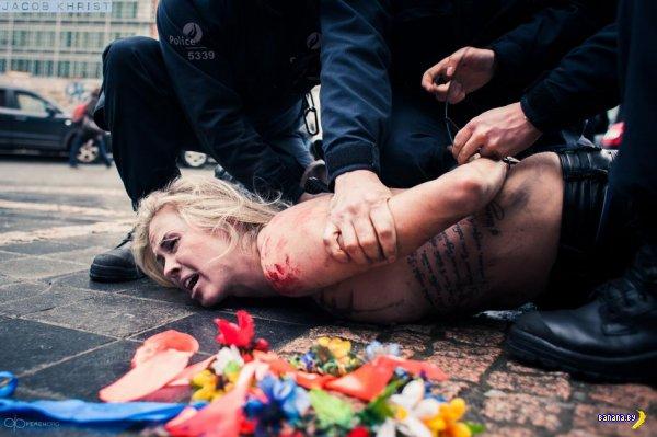 Акция Femen против саммита Россия-ЕС