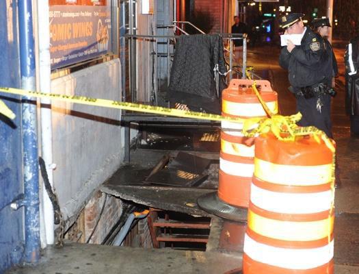 180-килограммовая негритянка проломила собой тротуар
