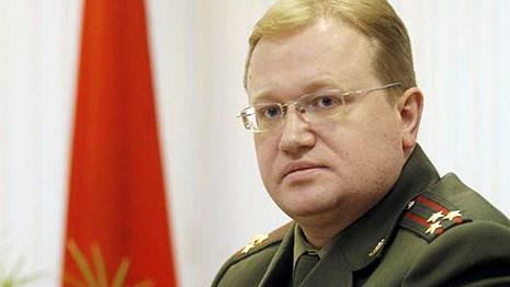 Лукашенко уволил главу военного суда и судившую оппозиционеров Комар