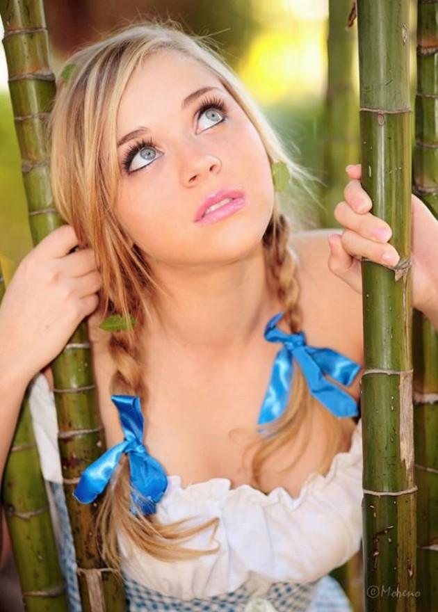 Девушки с косичками и хвостиками