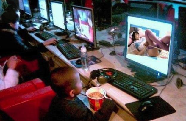 Китайский геймер убил двоих и сжег дом