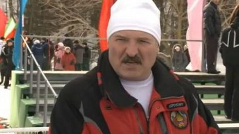 Лукашенко: спортсмены не должны висеть на шее государства