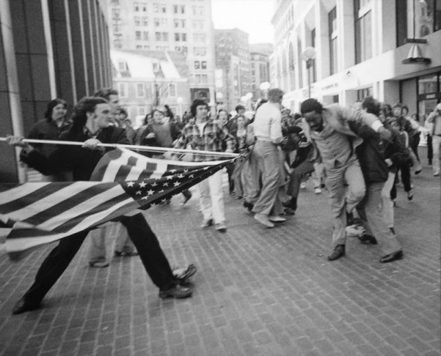 Бостонский автобусный кризис 1974 - 1975 г.
