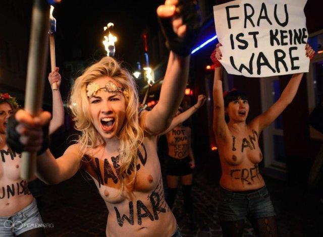 Акция FEMEN в Гамбурге