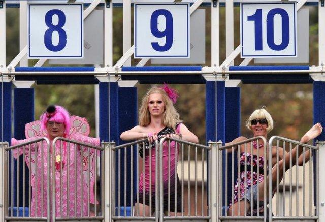 Забег трансвеститов