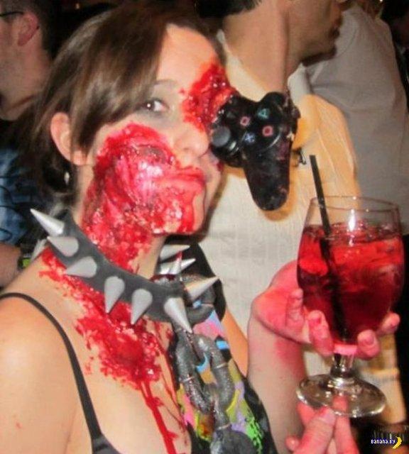 Девушка-зомби-геймер!