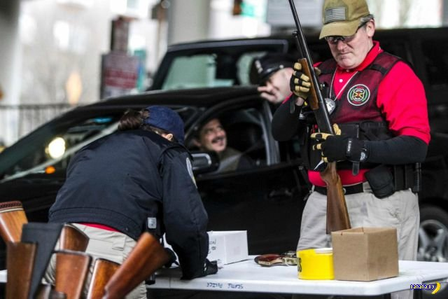 Добровольная сдача оружия в Сиэттле