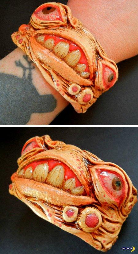 15 самых странных браслетов