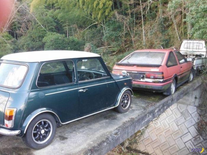 Заброшенное автокладбище в Японии