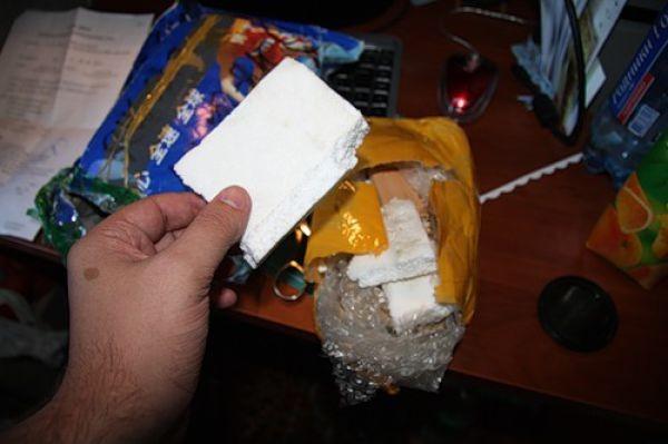 Очередная посылка из Китая оказалась мусором