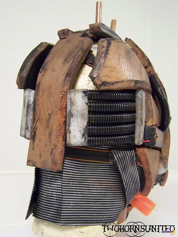Знатный косплей-костюм!