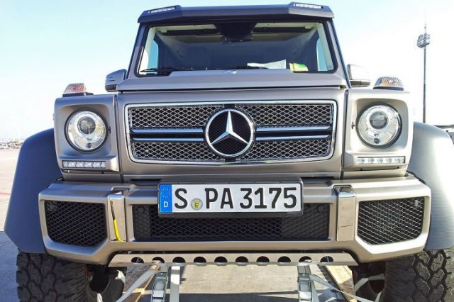 Mercedes-Benz G63 AMG 6×6 V8 Biturbo