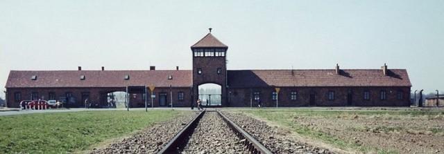 Холокост и занимательная математика