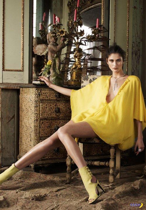 Девушки в желтом