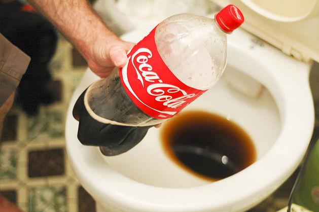 Соса- cola VS унитаз