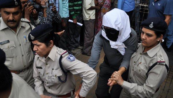 В Индии изнасиловали очередную туристку на глазах у мужа