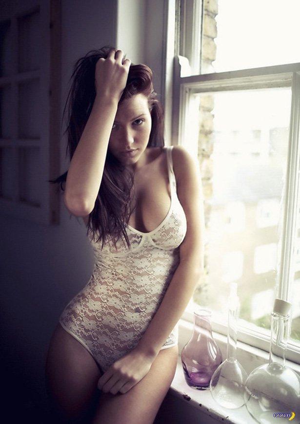 Красивые девушки в нижнем белье - 7