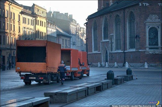 Как убирают мусор в Кракове