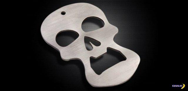 Crranky - череп-открывашка