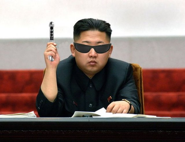 Ким Чен Ын под прицелом фотожаберов