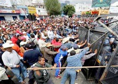 В мексике началась революция учителей
