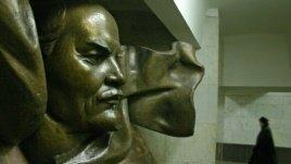 Костусев борется с «Площадью Ленина»