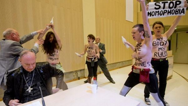 Атака FEMEN  в Брюсселе