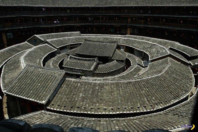 Китайские дома-деревни-крепости