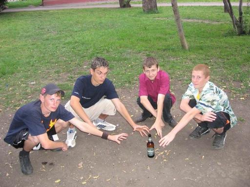 Белорусские подростки начинают курить в 13 лет, пить – в 15