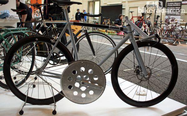 Очень быстрый велосипед