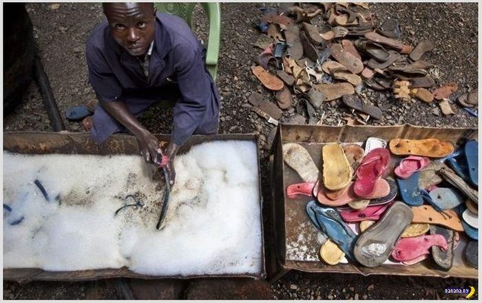 Старые резиновые шлепанцы в ЮАР