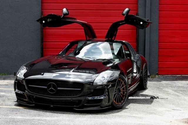Mercedes-Benz SLS AMG Darth Vader