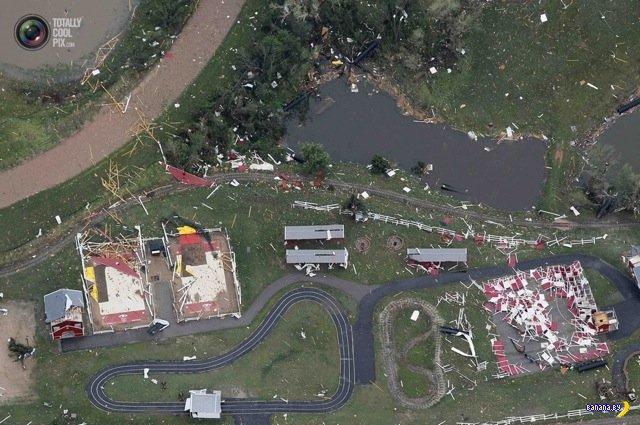 Последствия торнадо - вид с вертолета
