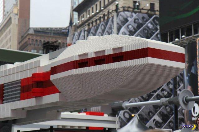 Самая большая в мире модель из LEGO
