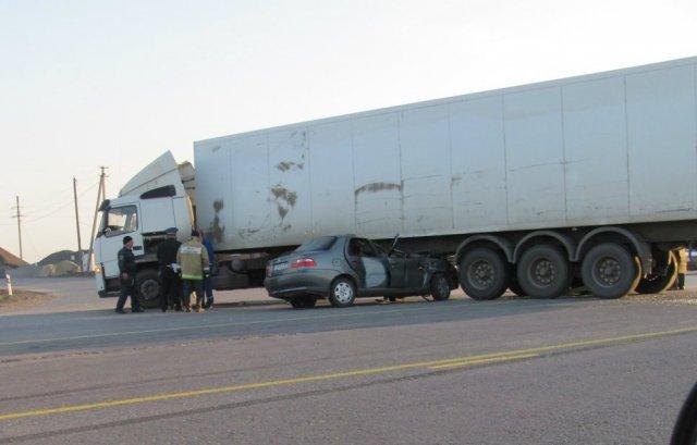 ГАИ остановила лихача грузовиком. Насмерть