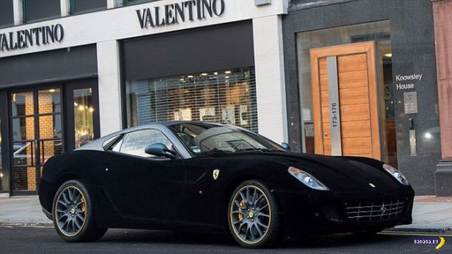 Бархатный Ferrari
