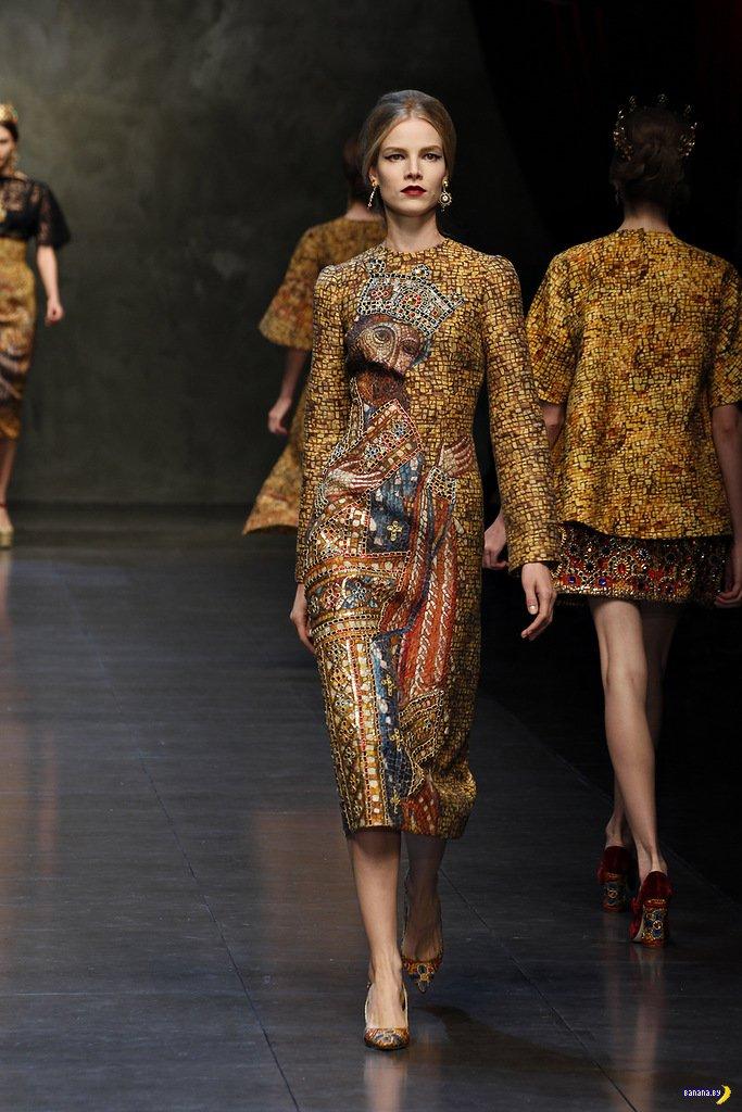 Dolce & Gabbana божит на подиуме