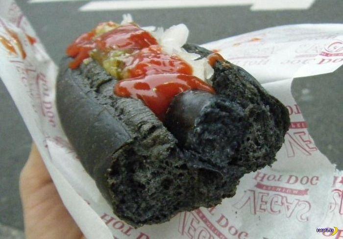 Черные хот-доги из Японии