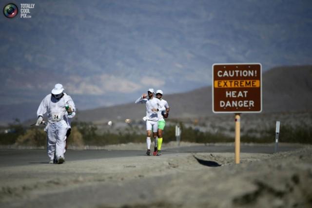 Ультра-марафон Бэдуотер 2013 в Долине Смерти