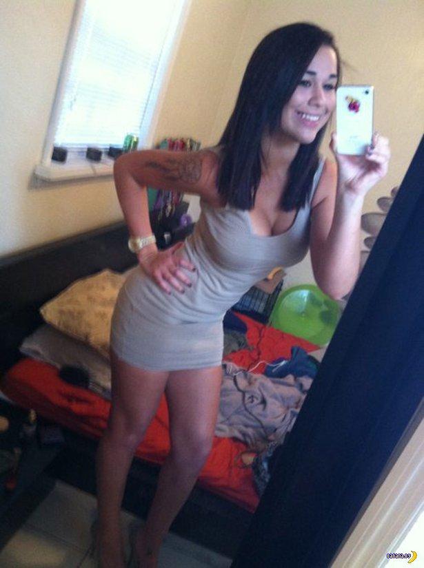 Красивые девушки в обтягивающих платьях - 2