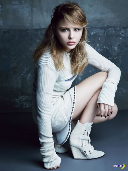 Хлоя Морец в сентябрьском Glamour Magazine