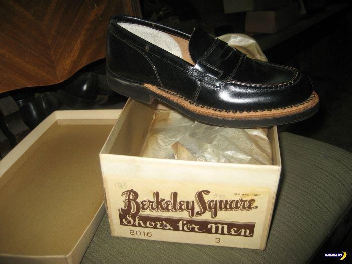 Винтажной обуви целый склад