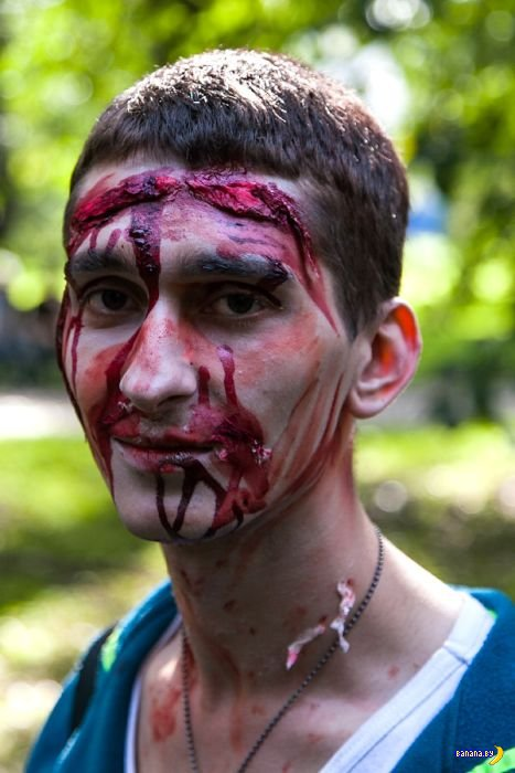 Зомби-парад в Санкт-Петербурге