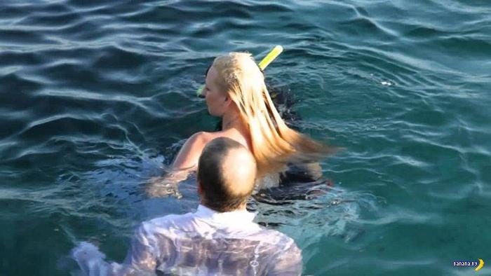 Прыжки в воду в национальных костюмах