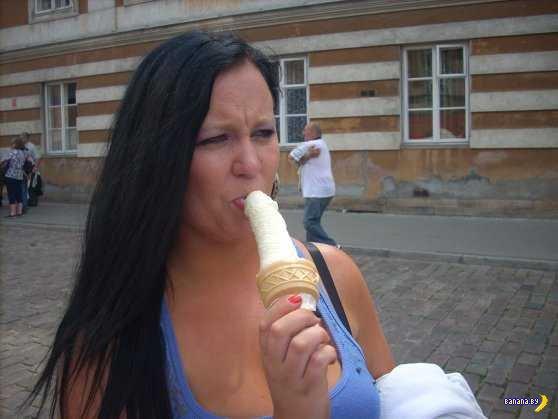 Девушка хочет заняться сексом с сотней тысяч мужчин со всего мира