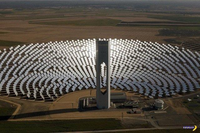 Солнечные башни у Севильи
