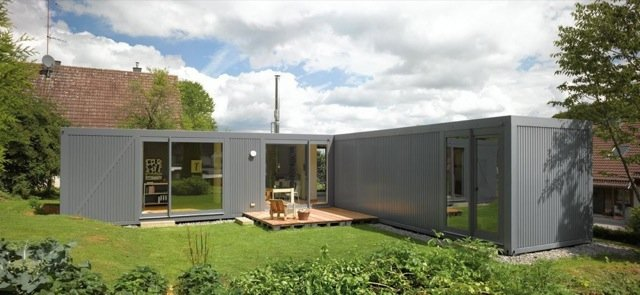 Дом из трех контейнеров