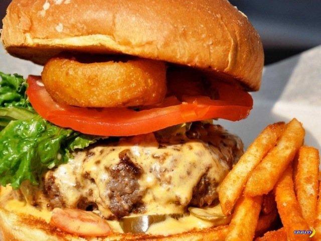 Сегодня Национальный День Чизбургеров в США